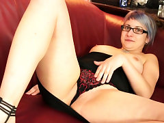 Curvy Lady With Glasses