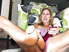 Horny platinum-blonde touching her pink t-shirt and she's rubbing pussy crevasse